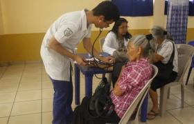 Brigada Médica para Adultos Mayores